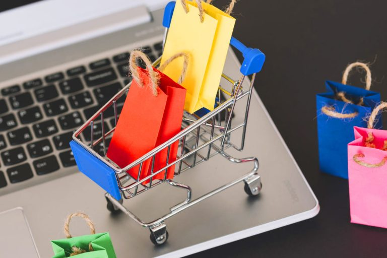 Development of e-commerce, forecasts and recruitment demand